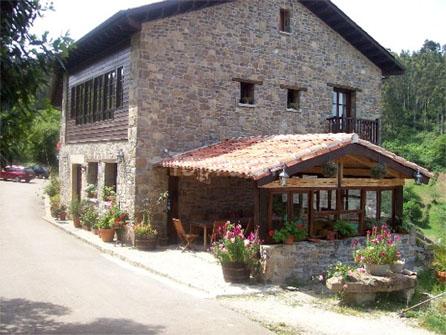 La Casería de los Valles, Colunga